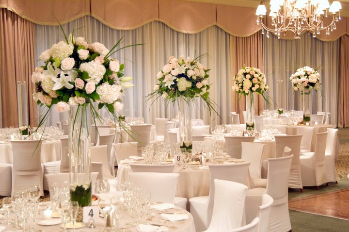 Unique Flower Arrangements For Weddings