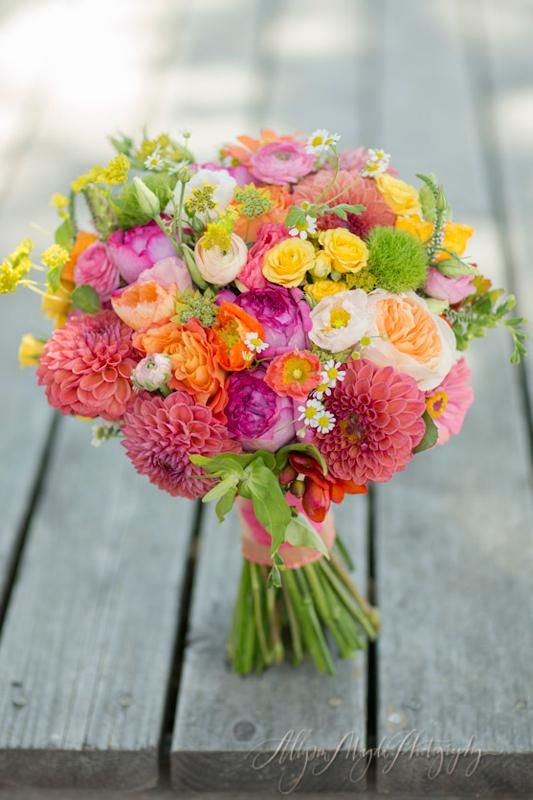 Bewitching Flowers Bouquets